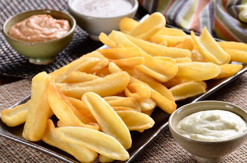 Batata Canoa com Dip de Mostarda e Mel/ Aussie Cheese Fries