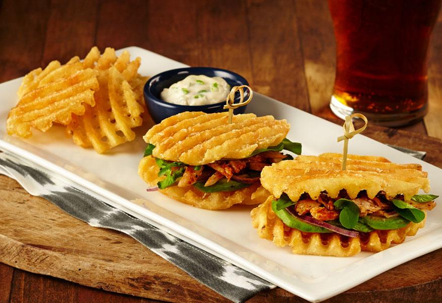Waffles de McCain CrossTrax recheados com Frango